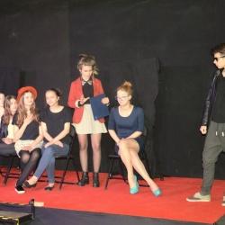 """Spektakl """"Babel"""" dla młodzieży z biłgorajskich szkół"""